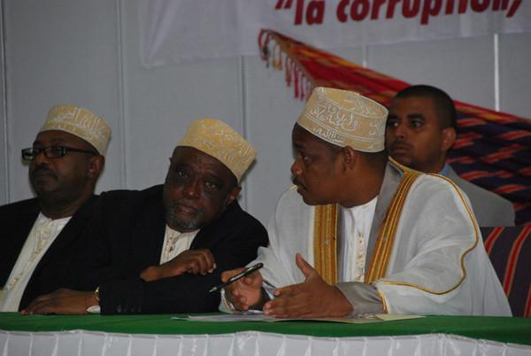 L'UNION DES COMORES AU COEUR DE LA CORRUPTION ! YA RWABI